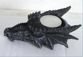 Drachenkopf Kerze